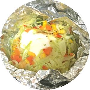 コンソメ風野菜と卵の包み焼き